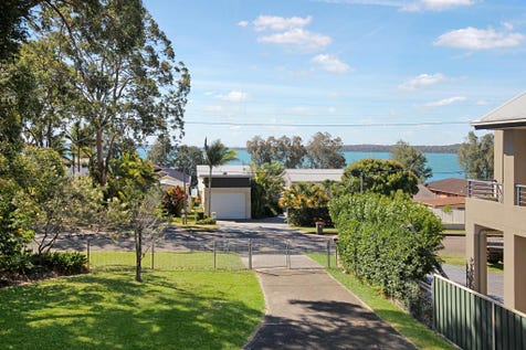 1 Bambury Avenue, Summerland Point, 2259, Central Coast - House / Opposite Lake Macquarie / Balcony / Fully Fenced / Garage: 4 / Air Conditioning / P.O.A