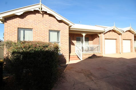 9/9 Oporto Road, Mudgee, 2850, Central Tablelands - Flat / The right location / Garage: 1 / $255,000