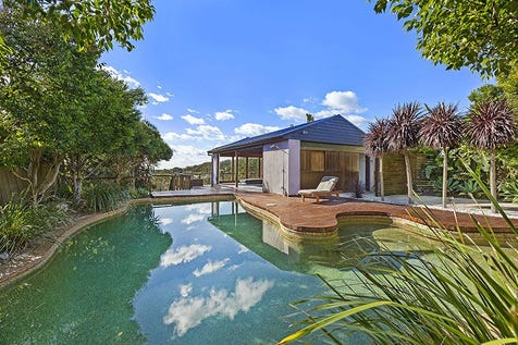 14 North Scenic Road, Forresters Beach, 2260, Central Coast - House / The WOW Factor! / Garage: 5 / $1,850,000