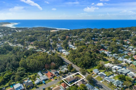177 Bateau Bay Road, Bateau Bay, 2261, Central Coast - House / Try This For Size / Carport: 4 / Toilets: 4 / $850,000