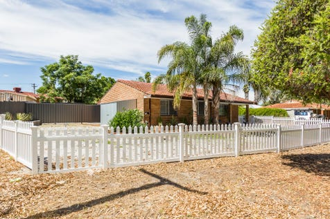 10A Tresidder Road, Lockridge, 6054, North East Perth - House / A HOME 2 BOAST ABOUT! / Fully Fenced / Open Spaces: 2 / Air Conditioning / $339,000