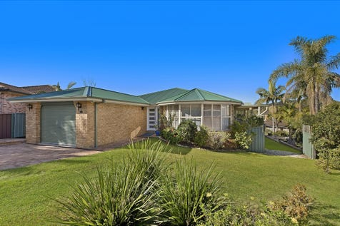 64 Morley Avenue, Bateau Bay, 2261, Central Coast - House / Oozing Warmth & Space / Garage: 3 / $650,000