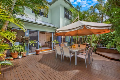 7/85-89 Willoughby Road, Terrigal, 2260, Central Coast - Townhouse / Exclusive Peaston Gardens Complex / Garage: 2 / Built-in Wardrobes / Dishwasher / Intercom / Ensuite: 1 / P.O.A