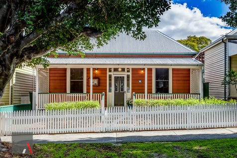 7 Holyrood Street, West Leederville, 6007, Perth City - House / RENOVATED CLASSIC PLUS STUDIO UNDER OFFER - FIRST WEEK / Carport: 1 / Garage: 1 / Air Conditioning / Alarm System / Study / Toilets: 3 / P.O.A