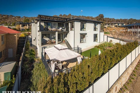 262 Bicentennial Drive, Jerrabomberra, 2619, Unspecified - House / 350m2 of Living / Garage: 3 / Ensuite: 1 / $1,160,000