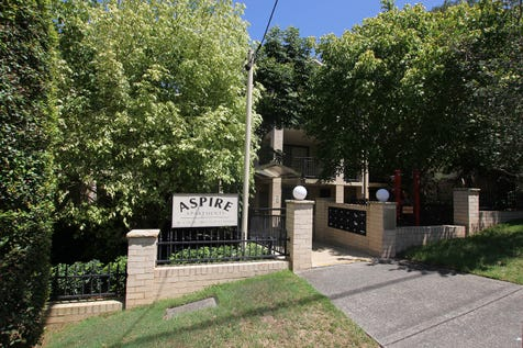 17/ 49-51 Dwyer Street, North Gosford, 2250, Central Coast - Unit / Great Position, Close to Everything / Balcony / Garage: 1 / Secure Parking / Air Conditioning / $385,000