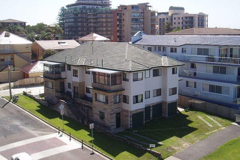 5/28 Marine Parade, The Entrance, 2261, Central Coast - Unit / Unit with Great Views. / Garage: 1 / $399,000