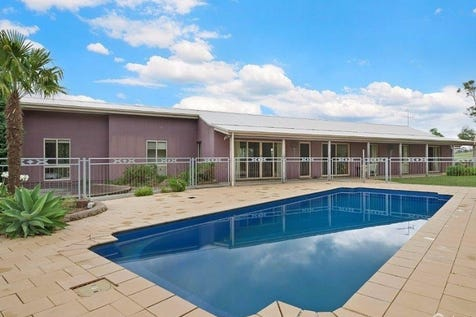 33 Days Road, South Maroota, 2756, Central Coast - House / UNDER CONTRACT  / Swimming Pool - Inground / Carport: 10 / $980,000