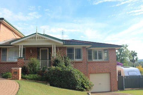 7 Curtis Close, Green Point, 2251, Central Coast - Townhouse / Boutique Duplex / Balcony / Fully Fenced / Garage: 1 / Remote Garage / Broadband Internet Available / Built-in Wardrobes / Dishwasher / Ducted Cooling / Ducted Heating / Ducted Vacuum System / Floorboards / Pay TV Access / Workshop / Ensuite: 1 / P.O.A