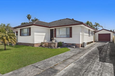12 Maxwell Avenue, Gorokan, 2263, Central Coast - House / IMMACULATE FAMILY HOME! / Garage: 1 / $460,000