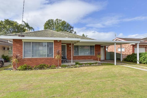 6 Norma Crescent, Woy Woy, 2256, Central Coast - House / BRICK AND TILE BEAUTY / Carport: 1 / Garage: 2 / Air Conditioning / Dishwasher / $750,000