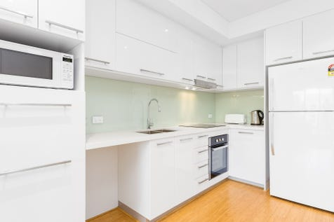 18/152 Fitzgerald Street, Perth, 6000, Perth City - Apartment / Brand New! - Always Something Happening / Balcony / Garage: 1 / Air Conditioning / $380,000