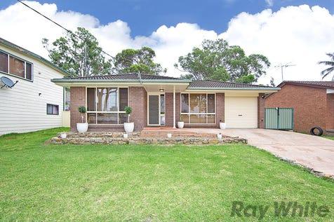 9 Bridge Avenue, Chain Valley Bay, 2259, Central Coast - House / 3 Bedroom Home Plus Separate Studio / Carport: 1 / Garage: 2 / Toilets: 3 / $510,000