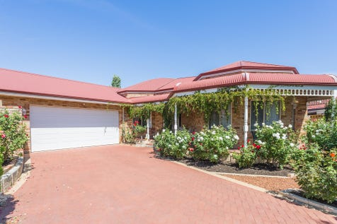 23 Golden Ash Gardens, Helena Valley, 6056, North East Perth - House / WELCOME HOME! / Garage: 2 / Secure Parking / Air Conditioning / Floorboards / Toilets: 2 / $685,000