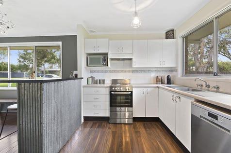 6 Kemira Road, Lake Munmorah, 2259, Central Coast - House / Brick and Tile Gem / Deck / Carport: 1 / Air Conditioning / Reverse-cycle Air Conditioning / $450,000