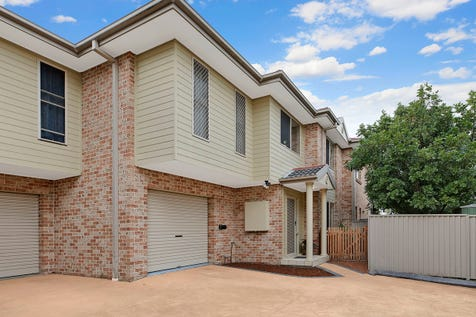 5/46 Pacific Street, Long Jetty, 2261, Central Coast - House / Light, Bright & Inviting Townhouse Lifestyle / Garage: 1 / Toilets: 3 / $595,000
