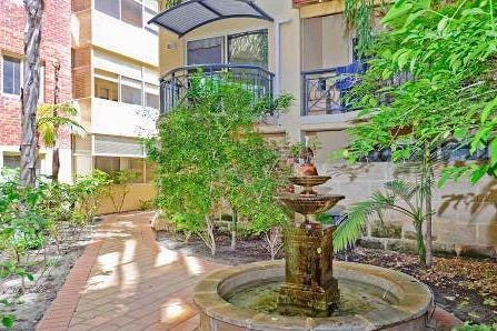 22/138 Adelaide Terrace, East Perth, 6004, Perth City - Apartment / What A Bargain! / Swimming Pool - Inground / Toilets: 1 / $169,000
