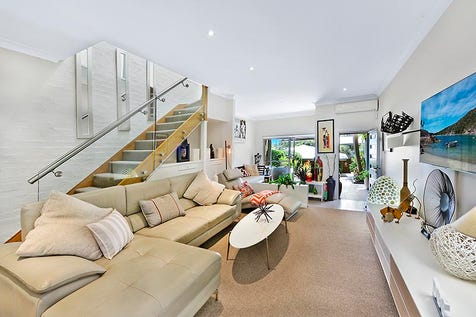 5a Whale Beach Road, Avalon Beach, 2107, Northern Beaches - Townhouse / Beautifully presented townhome, wonderful alfresco entertainer / Balcony / Courtyard / Deck / Fully Fenced / Outdoor Entertaining Area / Garage: 1 / Open Spaces: 1 / Remote Garage / Secure Parking / Air Conditioning / Built-in Wardrobes / Dishwasher / P.O.A