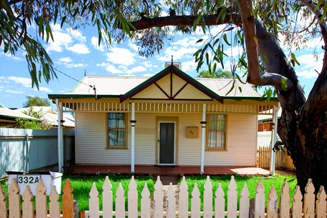 332A Piccadilly Street, West Lamington, 6430, East - House / PRICELESS ON PICCADILLY! / Swimming Pool - Inground / Air Conditioning / Floorboards / Toilets: 1 / $265,000