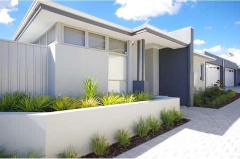 173 A Whatley Crescent, Bayswater, 6053, North East Perth - House / Master Chef's Dream Kitchen! / Garage: 2 / Ensuite: 1 / Living Areas: 2 / Toilets: 2 / $649,000