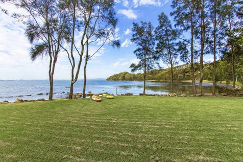 158 Tuggerawong Road, Wyongah, 2259, Central Coast - House / STUNNING 1301M2 ABSOLUTE WATERFRONT  / Garage: 3 / $729,000