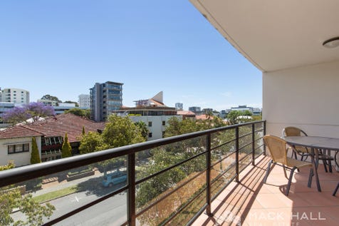 14/2 Colin Street, West Perth, 6005, Perth City - Apartment / KINGS PARK LOCAL / Balcony / Carport: 1 / Secure Parking / Air Conditioning / $470,000
