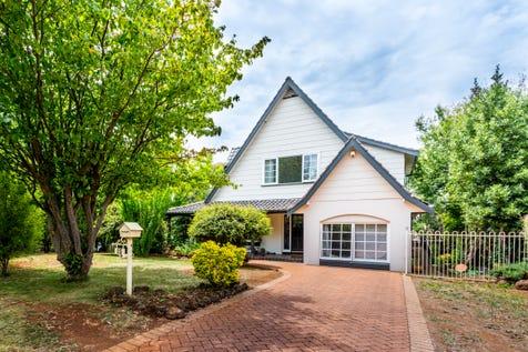 15 Park Lane, Orange, 2800, Central Tablelands - House / Prestige location / Toilets: 2 / $479,000
