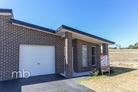 11A Newport Street, Orange, 2800, Central Tablelands - Townhouse / Brand New / Garage: 1 / Built-in Wardrobes / Dishwasher / Ducted Heating / $379,000
