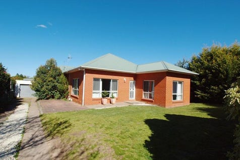 354 Peisley Street, Orange, 2800, Central Tablelands - House / LEASED at $350 per week  / Fully Fenced / Shed / Garage: 1 / Gas Heating / $319,000