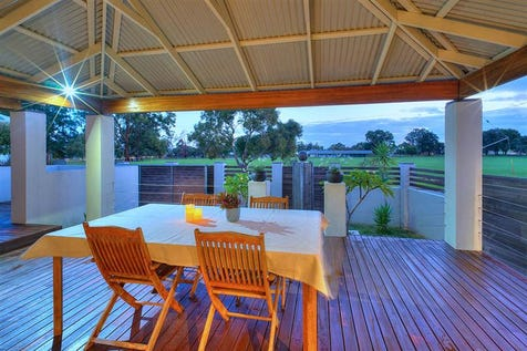 7 Rosher Place, Bayswater, 6053, North East Perth - House / EXPANSIVE PARK VIEWS, ENVIABLE LOCATION - PRICE REDUCED / Garage: 1 / $600