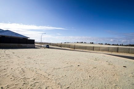 17 Jingshan Way, Landsdale, 6065, North East Perth - Residential Land / LIFESTYLE AND LOCATION / P.O.A