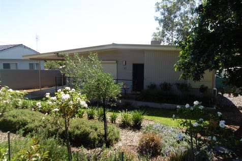35 Lorking Street, Parkes, 2870, Central Tablelands - House / Ray White real Estate Parkes - 02 6862 1900 / Air Conditioning / Floorboards / Toilets: 1 / $279,000