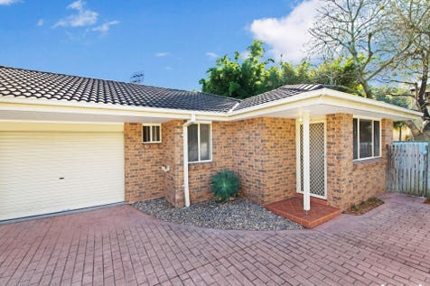 2/7 Gladys Manley Ave, Kincumber, 2251, Central Coast - Villa / GET IN QUICK / Garage: 1 / P.O.A