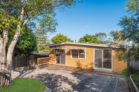 196 Ocean View Drive, Wamberal, 2260, Central Coast - House / Entry Level Beach Cottage / Carport: 2 / $670,000