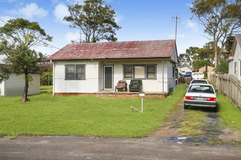 47 Anzac Road, Long Jetty, 2261, Central Coast - House / Developers Dream! / Toilets: 1 / P.O.A
