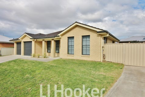 46 Cheviot Drive, Kelso, 2795, Central Tablelands - House / EXPANSIVE FAMILY LIVING / Garage: 2 / Toilets: 2 / $537,000