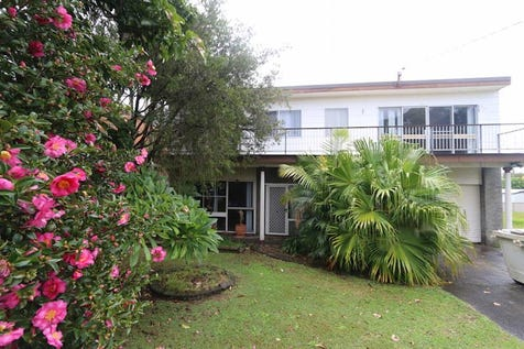158 Stanley St, Kanwal, 2259, Central Coast - House / Investors Wanted - Renovation waiting / Garage: 2 / $499,000