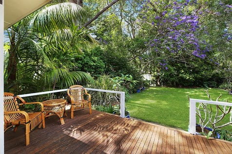 11 Emerald Avenue, Pearl Beach, 2256, Central Coast - House / Beautifully Presented Original 2 Bedroom Cottage! / Toilets: 1 / P.O.A