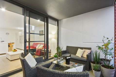 38/280 Lord Street, Perth, 6000, Perth City - Apartment / PRICE REDUCED! OWNERS MOVING ON / Garage: 1 / $365,000