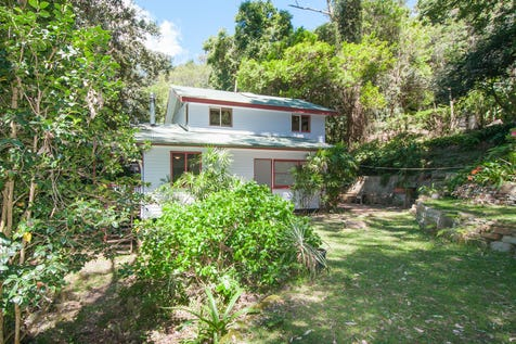 17 Wirringulla Ave, Elvina Bay, 2105, Northern Beaches - House / Country Style  / Balcony / Floorboards / Open Fireplace / $860,000
