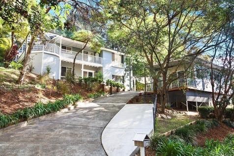 34 Gill Avenue, Avoca Beach, 2251, Central Coast - House / Stylish dual occupancy home, close to beach / Garage: 3 / P.O.A