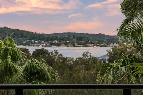 125 Malinya Road, Saratoga, 2251, Central Coast - House / Exclusive Family Oasis with Spectacular Views Across Brisbane Water / Garage: 2 / $950,000