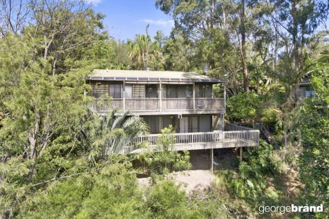 14 Cabbage Tree Ave, Avoca Beach, 2251, Central Coast - House / BEAUTIFUL HOME WITH PANORAMIC VIEWS / Carport: 1 / P.O.A