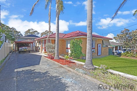 37 Rolfe Avenue, Kanwal, 2259, Central Coast - House / Great first home or investment opportunity / Swimming Pool - Inground / Carport: 1 / Garage: 1 / Secure Parking / Floorboards / Toilets: 2 / P.O.A