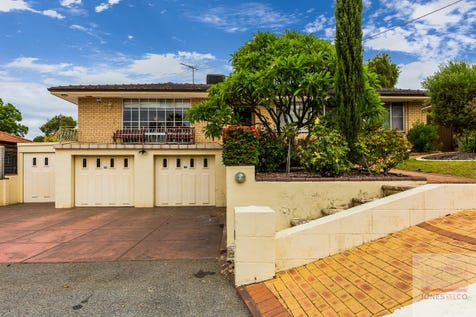 24 Elder Parade, Bassendean, 6054, North East Perth - House / ROOM FOR MRS DOUBTFIRE / Garage: 3 / Open Spaces: 1 / Air Conditioning / Built-in Wardrobes / Study / Ensuite: 1 / Toilets: 2 / $700,000