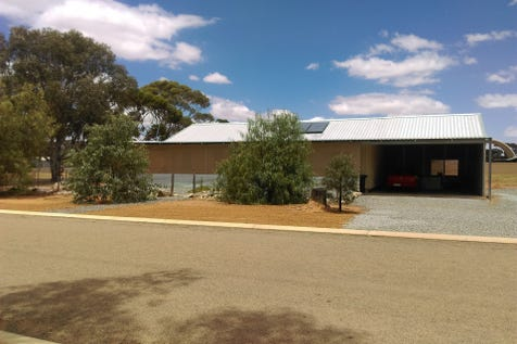 47 Jasper Street, Westonia, 6423, East - House / Time for a Bush Change? / Shed / Carport: 2 / Garage: 1 / Open Spaces: 4 / Reverse-cycle Air Conditioning / Living Areas: 1 / Toilets: 1 / $150,000