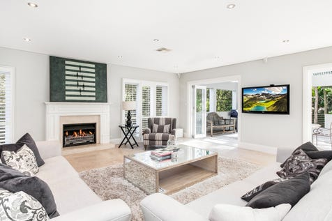 10 Barkala Road, Bayview, 2104, Northern Beaches - House / Unrivaled Quality and Sensational Style on One Acre / Garage: 2 / $2,190,000