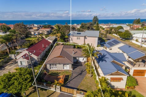 104 Bay Road, Blue Bay, 2261, Central Coast - House / Genuine Beachside Lifestyle! - 3-4 Bedrooms & Spacious Modern Living / Courtyard / Fully Fenced / Garage: 1 / Broadband Internet Available / Built-in Wardrobes / Floorboards / Study / $849,500