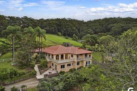 430 Avoca Drive, Green Point, 2251, Central Coast - House / MAGNIFICENT PROPORTIONS / Garage: 3 / P.O.A