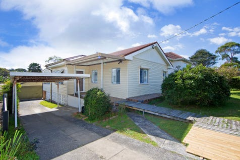 10 Anzac Road, Long Jetty, 2261, Central Coast - House / ALL THE HARD WORK DONE!! / Fully Fenced / Garage: 3 / Remote Garage / Secure Parking / Built-in Wardrobes / $585,000